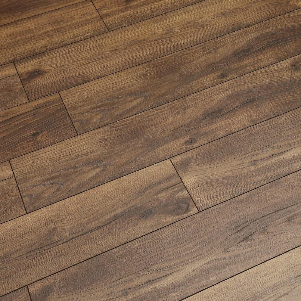 Swiss Krono Villa Patterson Oak Dark, Laminate Flooring Dark Oak